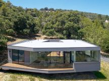 Box on the Rock | Schwartz and Architecture (SaA) | Archinect