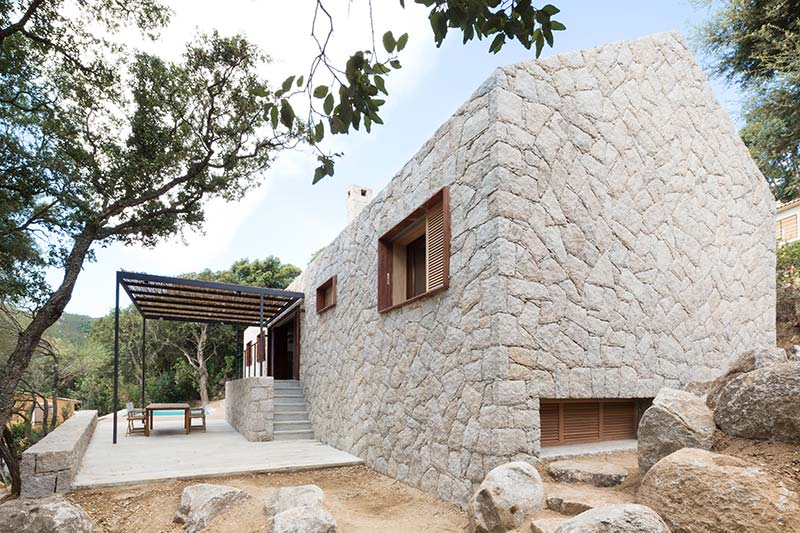 Contemporary Vernacular House  WYTO  Architecture Lab