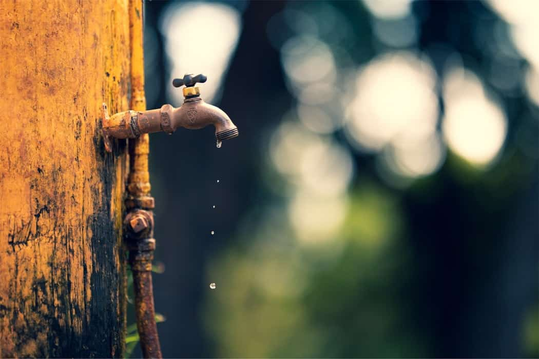 how to protect outside water faucets