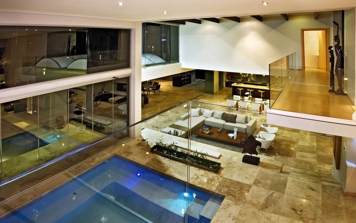 Joc House a Dream Home in South Africa by Nico van der
