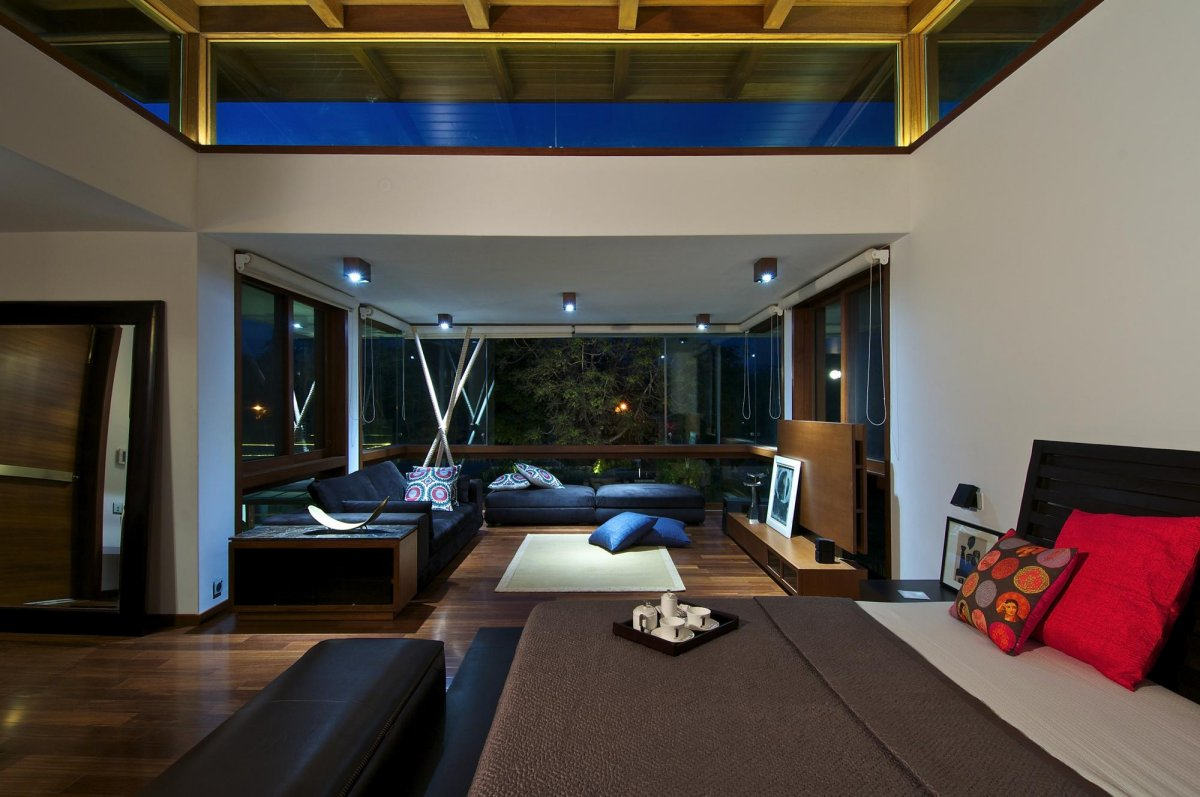 Courtyard House by Hiren Patel Architects  Architecture