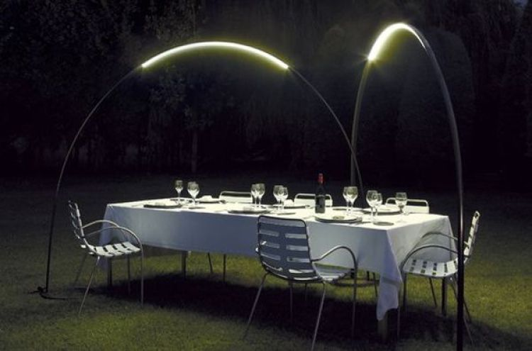 34-Exterior-Floor-Lamp