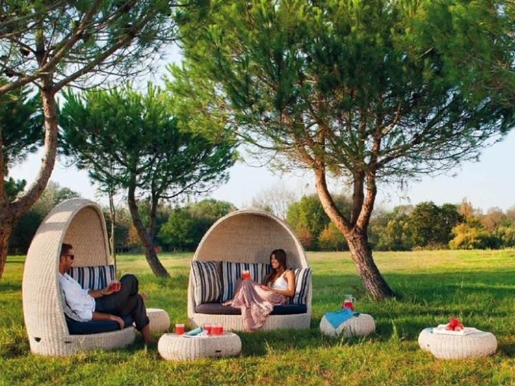 7-igloo-shaped-garden-sofa