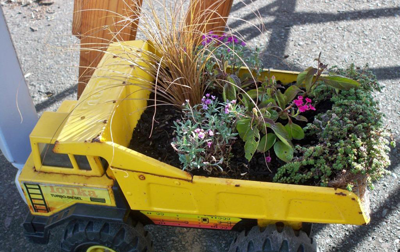 40 Creative Diy Gardening Ideas With Recycled Items