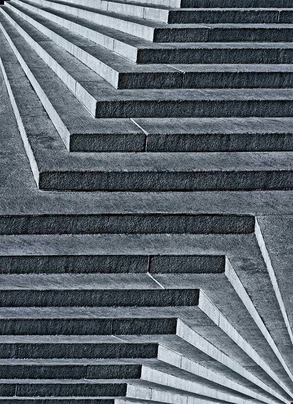 These 29 Optical Illusions Made My Head Spin