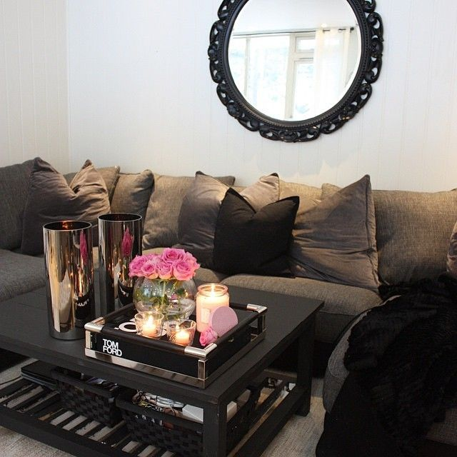 Family Room Coffee Table Decor