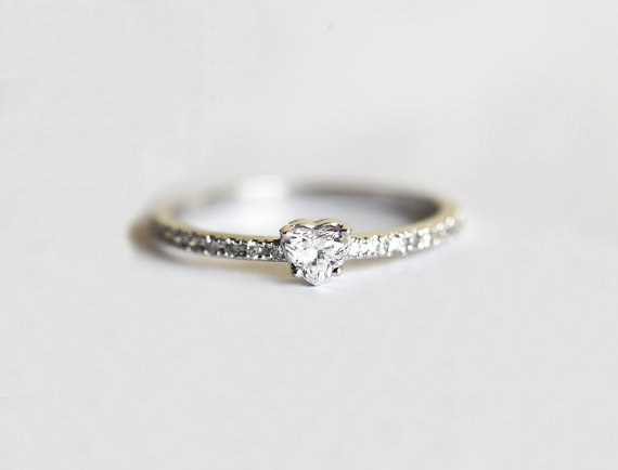 30 Impossibly Delicate Engagement Rings That Are Utter