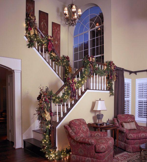 30 Beautiful Christmas Stairs Decoration Ideas