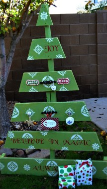 Ideas Of Make Wood Pallet Christmas Tree