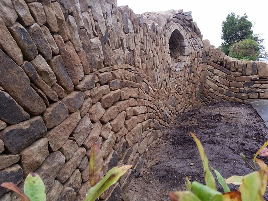 AD-Stone-Sculptures-Mosaic-Johny-Clasper-07