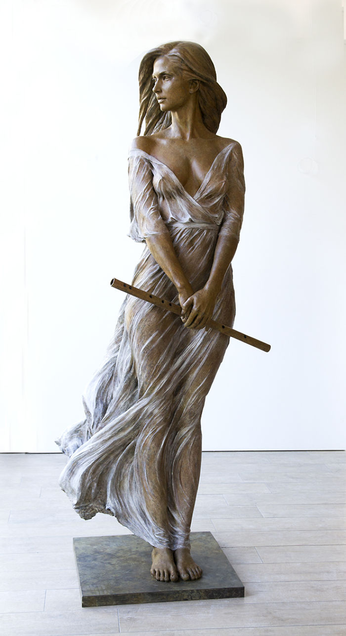 LifeSized Female Sculptures Inspired by the Graceful
