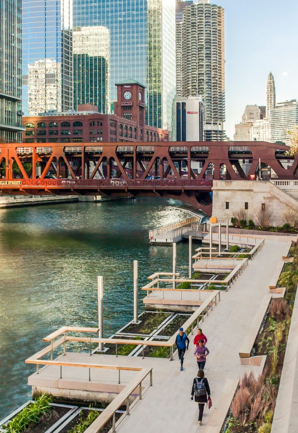 Much-anticipated Final Phase Of Chicago Riverwalk Complete