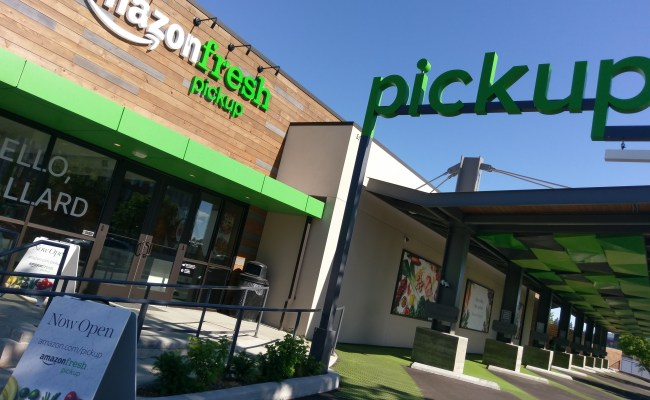 Ars Tests Out Amazon S First Pick Up Grocery Store In The