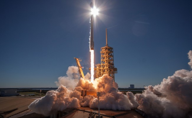 Breitbart Other Conservative Outlets Escalate Anti Spacex