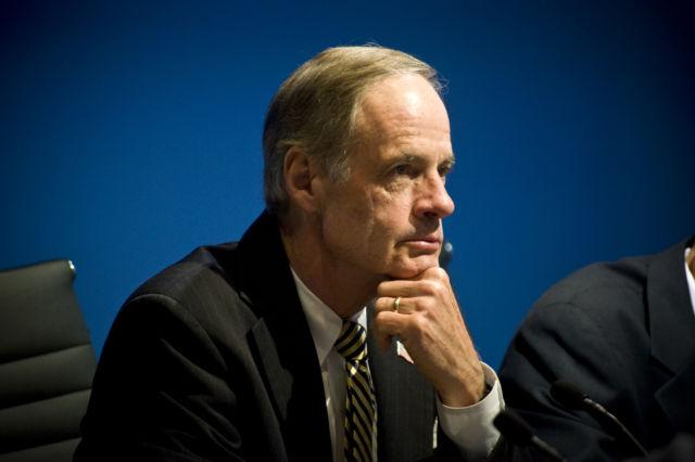 Sen. Tom Carper (D-Del.) hosted one of the Senate