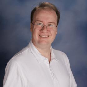 <em>DS9</em> recapper / physics teacher, Tim Lynch.