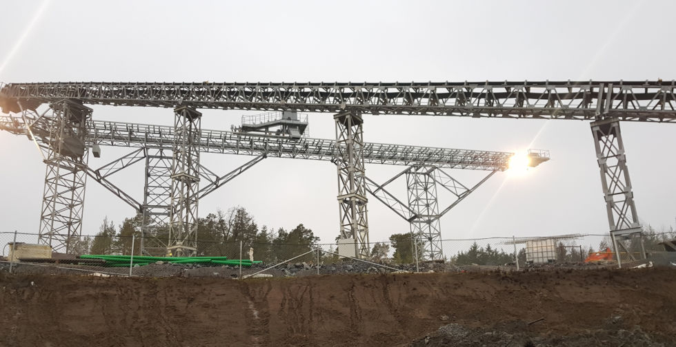Specially constructed conveyors will carry rocks crushed down to pieces about 15cm in diameter to barges for transport