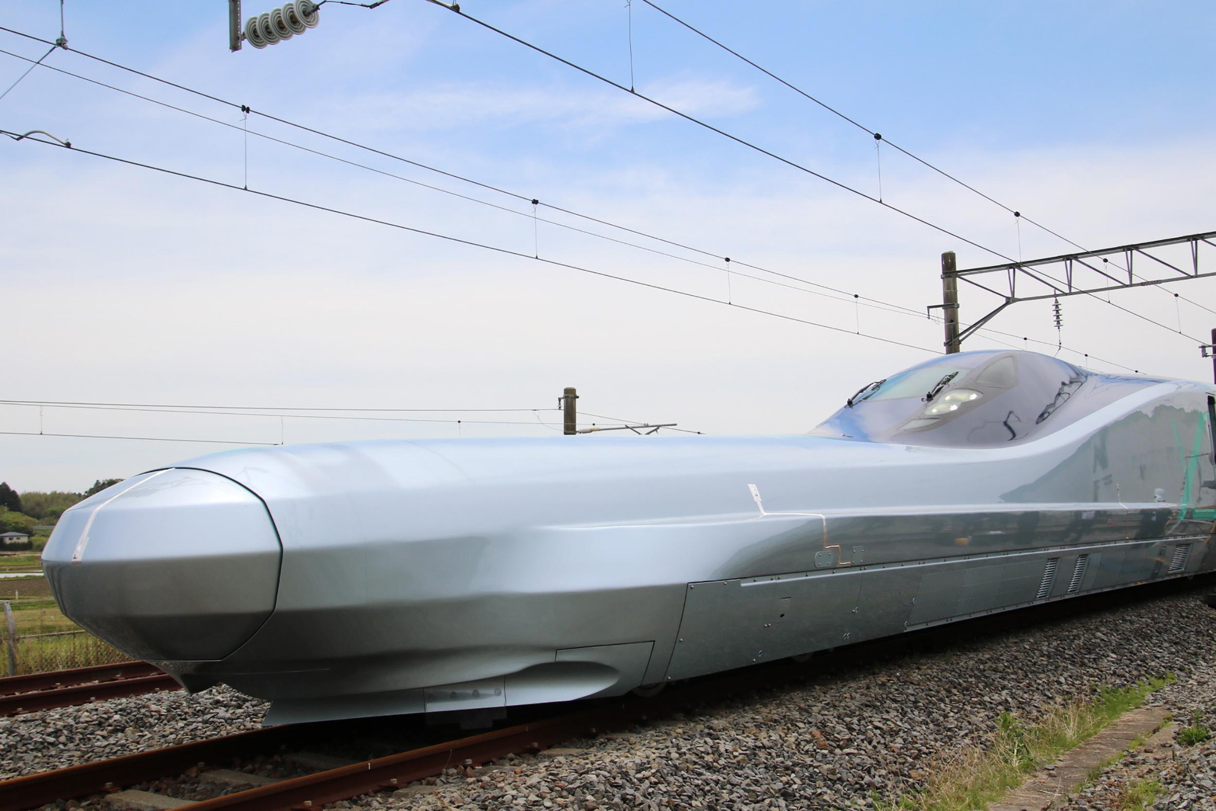 Japanese Railway Company Starts Testing 249mph Bullet