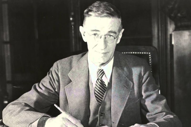 Vannevar Bush seated at his desk, circa 1940-1944. During President Franklin Roosevelt's administration, Bush built a national science policy based on a new structure for innovating quickly and effectively.