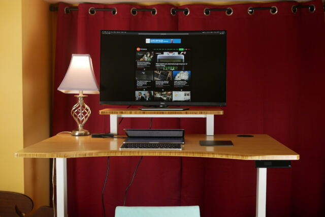 The Fully Jarvis standing desk has a solid build and heaps of accessories.