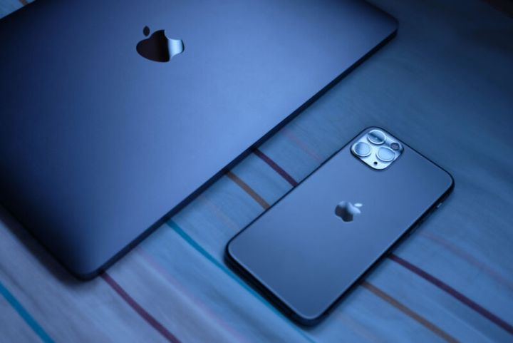 No, it doesn't just crash Safari. Apple has yet to fix exploitable flaw