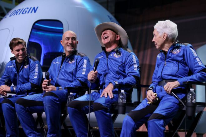 GettyImages-1329728630-800x533 Despite Tuesday's flight, Jeff Bezos is running out of time to save Blue Origin | Ars Technical