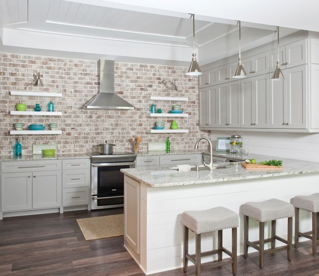 kitchen cabinets? or open shelving? we asked an expert for the pros