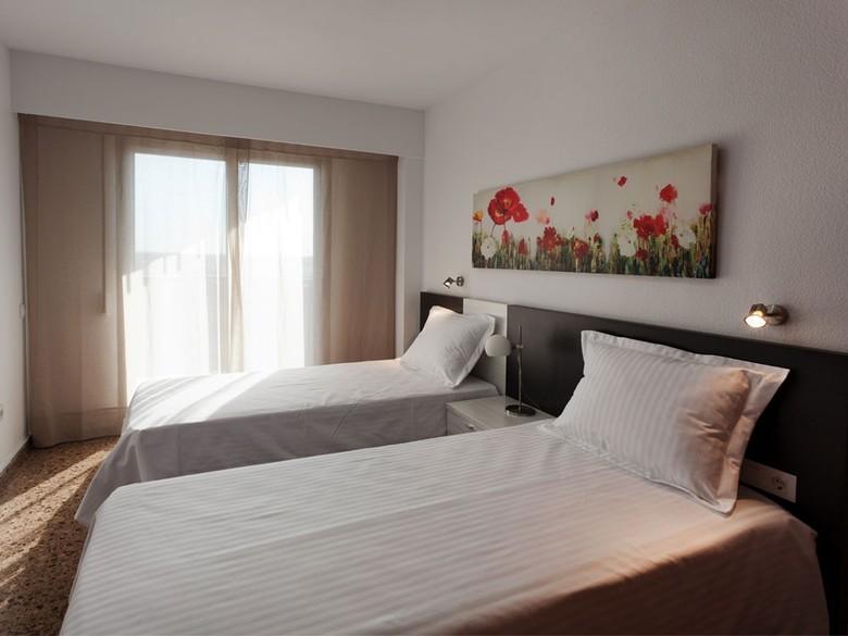 +34 963 233 316 whatsapp: Apartamento Pio XII Apartments, Valencia - Atrapalo.com