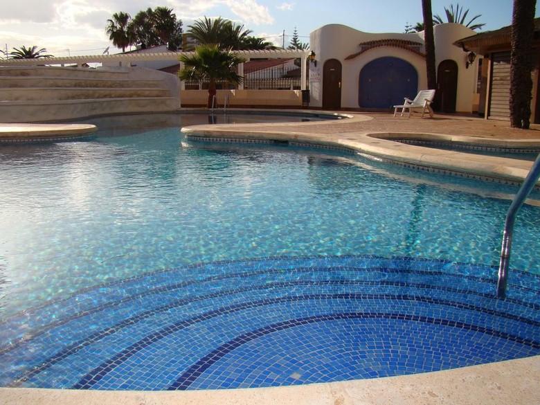 78 m² planta 5ª exterior con ascensor. Apartamento Apartamentos En La Playa De Las Marinas, Denia ...