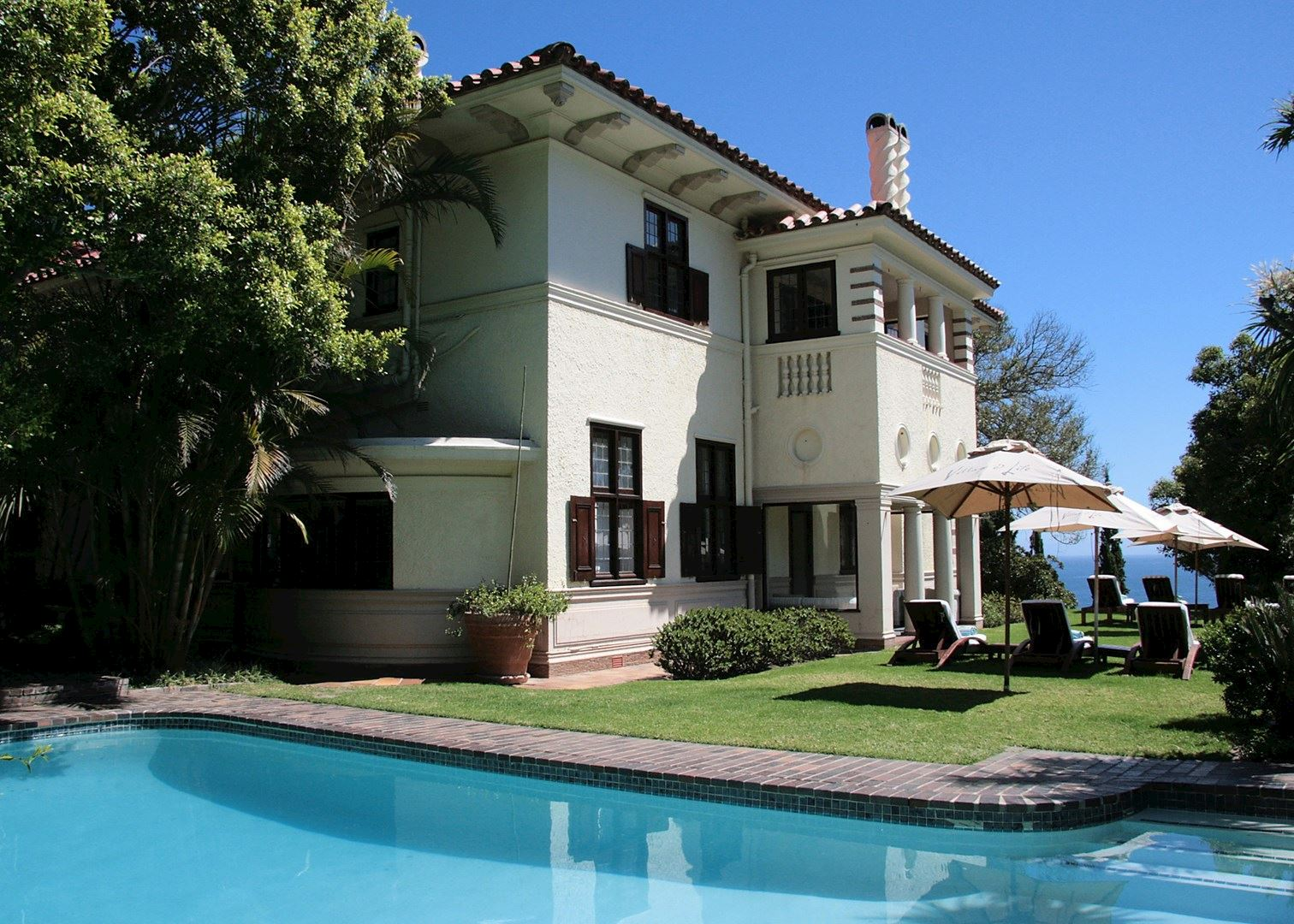 leather sofas western cape smaller size camps bay retreat   hotels in town audley travel