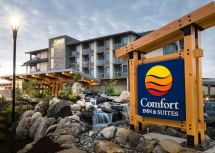 Comfort Inn & Suites Hotels In Campbell River Audley