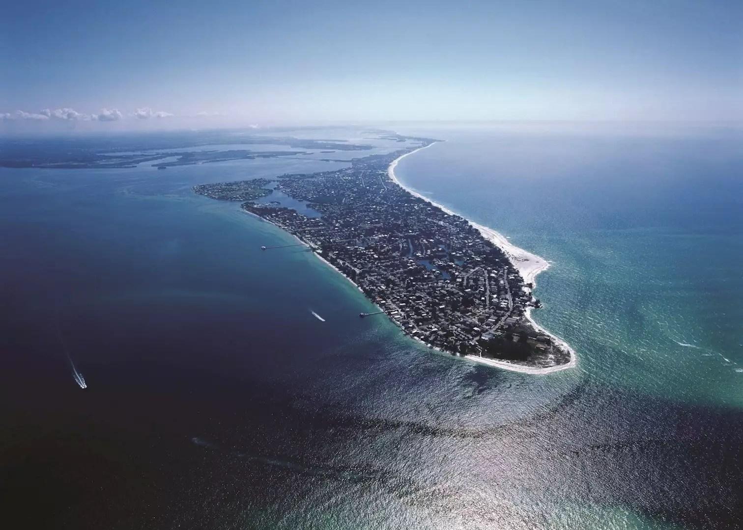 visit anna maria island