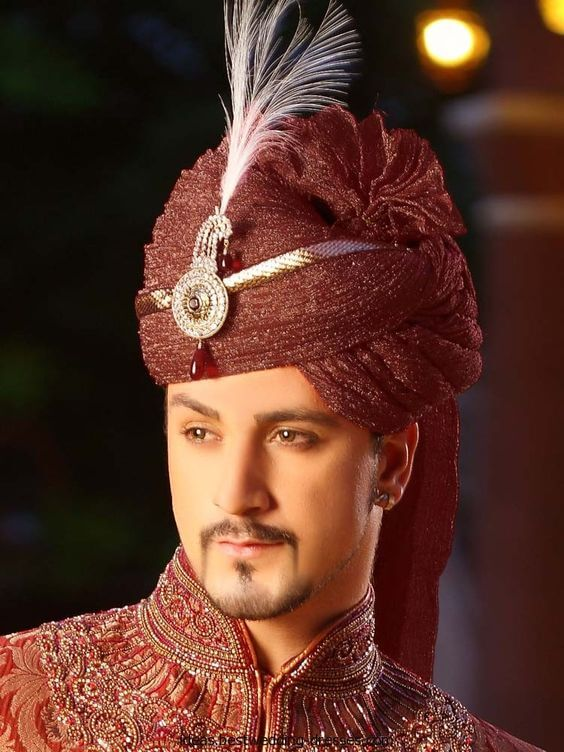 Must Have Jewellery For The Indian groom