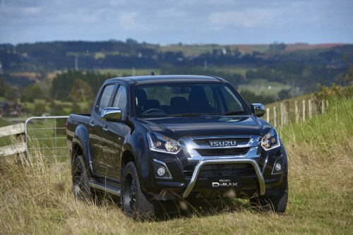 small resolution of isuzu ute genuine and endorsed accessories are a great way to enhance the capabilities and personalise your isuzu d max or isuzu mu x all isuzu d max