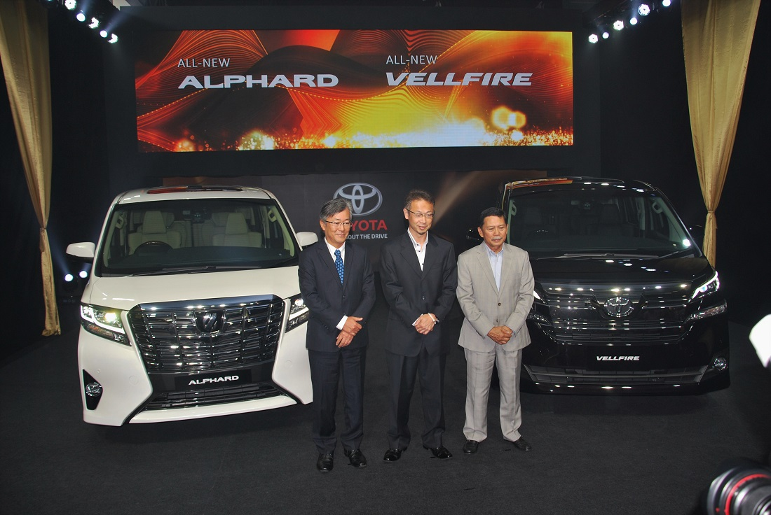 all new alphard vs vellfire spesifikasi innova venturer made for malaysia toyota mpvs launched l r
