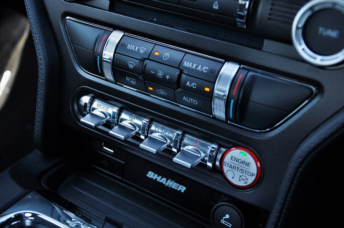 hight resolution of ford mustang gt premium interior malaysia 13