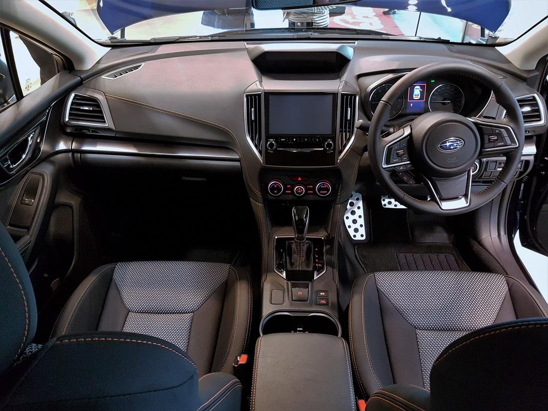 all new camry 2018 malaysia kijang innova modifikasi subaru xv 2 0i p dashboard launch 2017