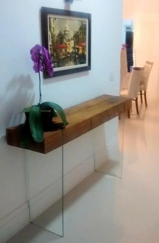 Aparador de madeira e vidro  Nubraz  Desde 2001