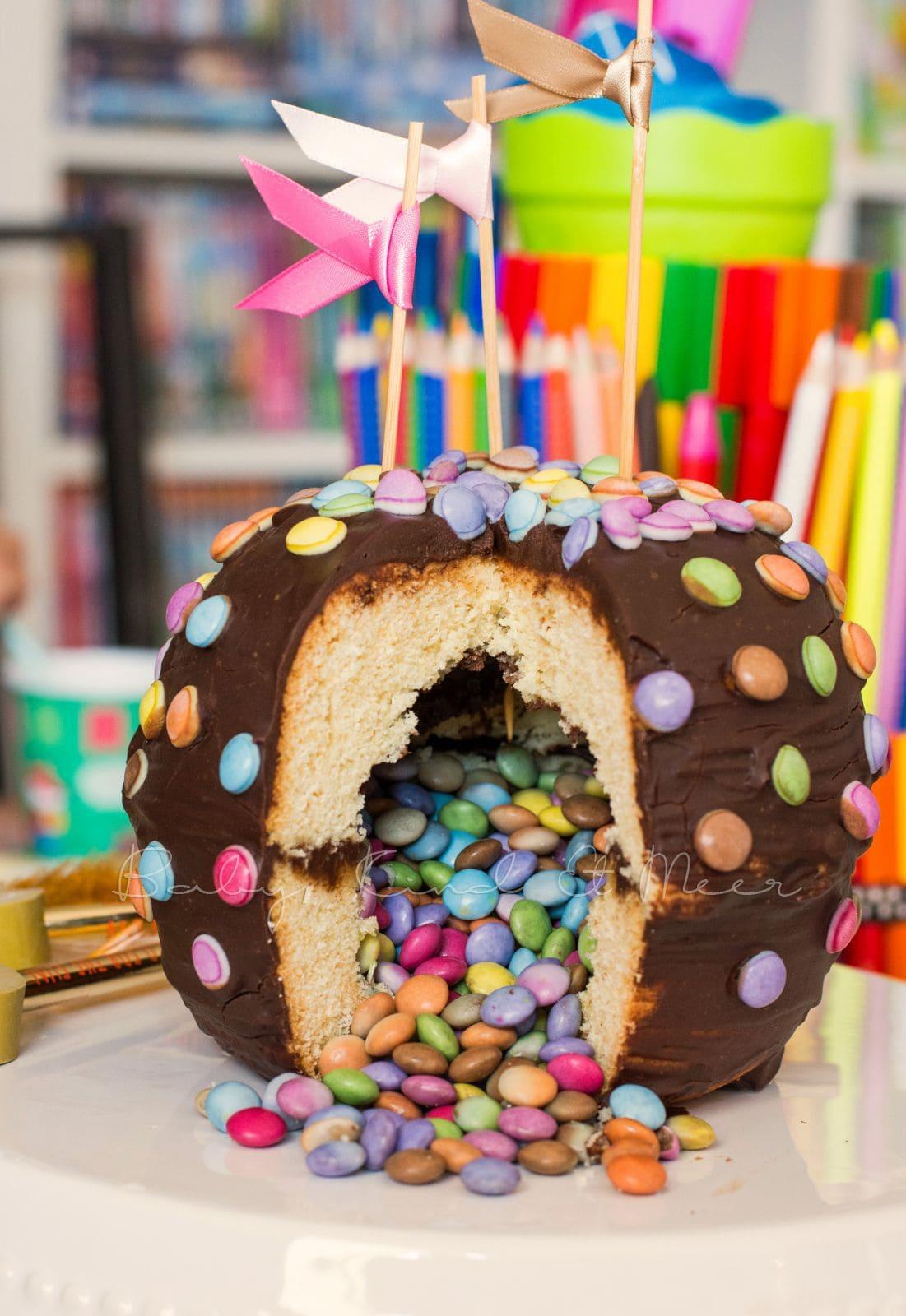 Pinata Kuchen Rezept Ausgefallene Kuchen Rezepte Donut Torte Backen