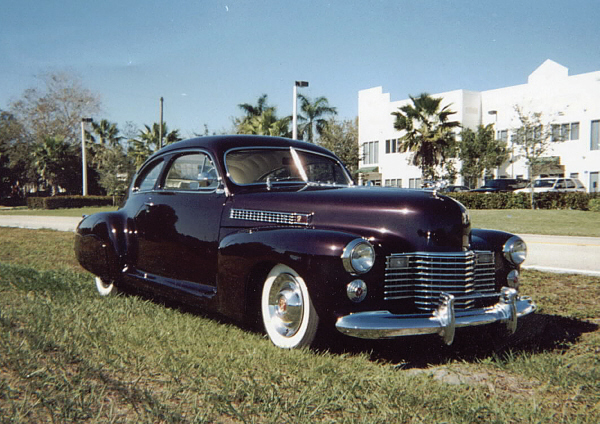 1941 CADILLAC SERIES 61 FASTBACK COUPE  19655