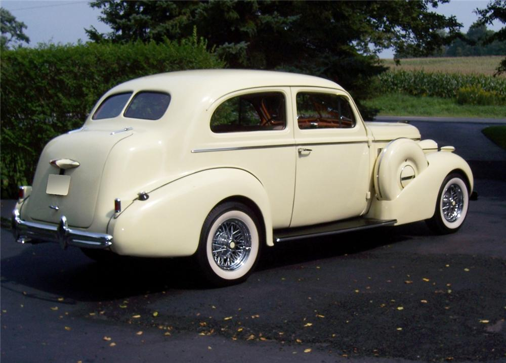 Coupe Special 40 Buick 37