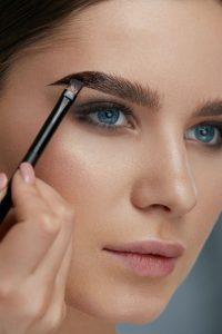 Eyebrows For Hooded Eyes : eyebrows, hooded, Makeup, Hooded, Eyes:, Eyeshadow,, Eyeliner,, Beverly, Hills