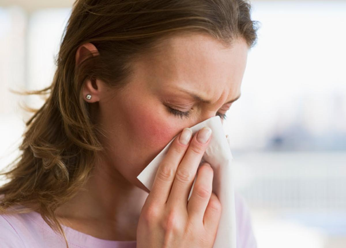How To Clear Stuffy Nose In Just One Minute  Be Well Buzz
