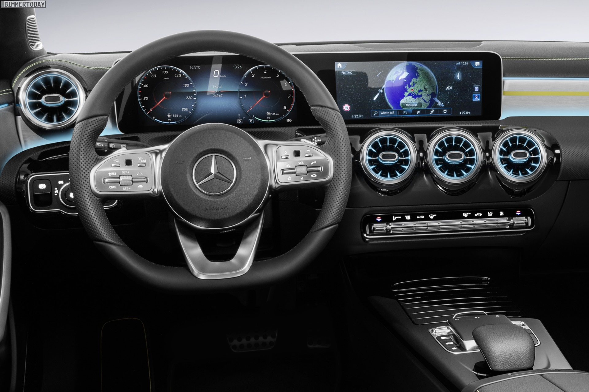 Mercedes Aklasse 2018 Erster Blick Ins Cockpit Des 1er