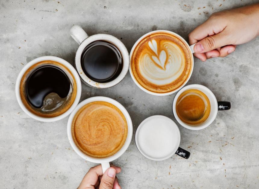 Diverse tazze di caffè