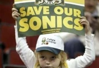 Kidwithsonicssign_crop_340x234