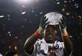 GLENDALE, AZ - JANUARY 10:  Nick Fairley #90 of the Auburn Tigers celebrates the Tigers 22-19 victory against the Oregon Ducks during the Tostitos BCS National Championship Game at University of Phoenix Stadium on January 10, 2011 in Glendale, Arizona.  (Photo by Ronald Martinez/Getty Images)