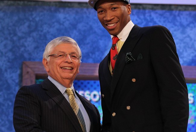 NEW YORK - JUNE 24:  Wesley Johnson stands with NBA Commisioner David Stern after being drafted by The Minnesota Timberwolves at Madison Square Garden on June 24, 2010 in New York, New York.  (Photo by Al Bello/Getty Images)
