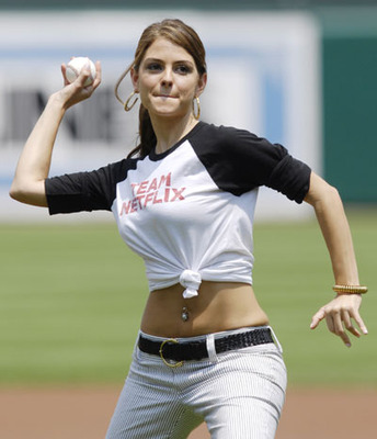 Girl Next Door Actress Wallpaper Obama Is Not Throwing Out The Opening Day First Pitch