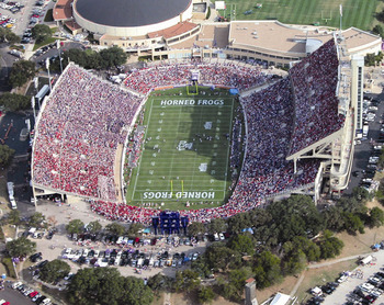 Amon_g_carter_stadium_display_image